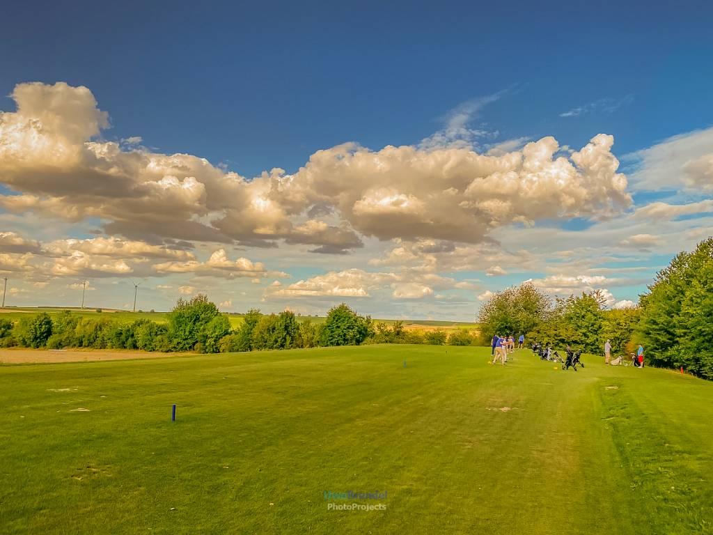 - Mommenhein-Golfplatz